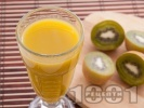 Рецепта Плодово смути с киви, портокал и ябълка